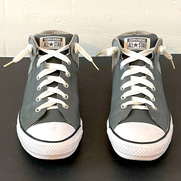Converse AllStar Chuck Taylor Mens Leather Size11